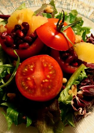 Tomato Pomegranate Salad 版權商用圖片
