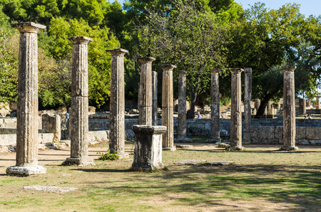 Olympia, Greece - October 31, 2017: Ruins of the ancient Olympia, built in honor of Zeus and glorified throughout the world as the birthplace of the Olympic Games., Peloponnes, Greece 版權商用圖片 - 98238773