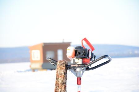 ice fishing: Ice fishing equipment