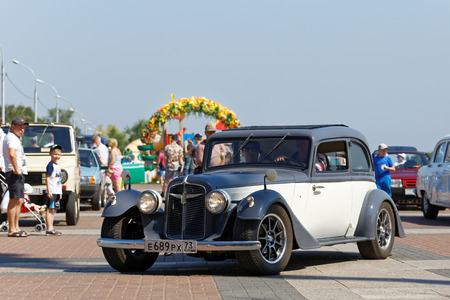 restored: Ulyanovsk, Russia - July 29, 2017: Vintage retro car at the Retrospective 2017 auto festival - an auto show with free entrance, where owners of old cars demonstrated their cars.