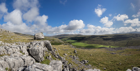 yorkshire dales: Limestone paving above Ingleton in the Yorkshire Dales Stock Photo