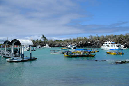 Ecuador Galapagos Islands  - Santa Cruz Island Port area with ferry jetties in Puerto Ayora 免版税图像