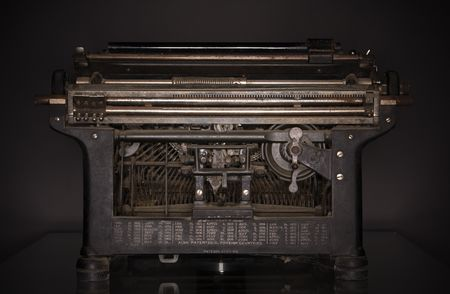 lowkey: 1920s typewriter, low-key ringflash shot (back view).