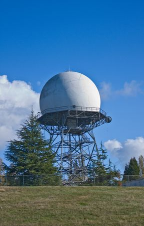 Weather Radar Structure in the Magnolia community in Washington State. Imagens
