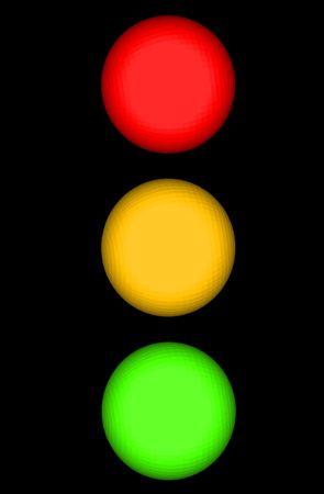 Luz de tr�fico o Stop Light con esferas iluminadas amarillo rojo y verde con espacio de Copy aislada sobre un fondo negro  Foto de archivo
