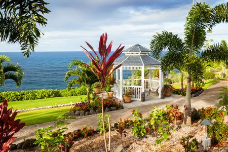 ハワイ ハワイ島ラとダニ ビーチのガゼボ