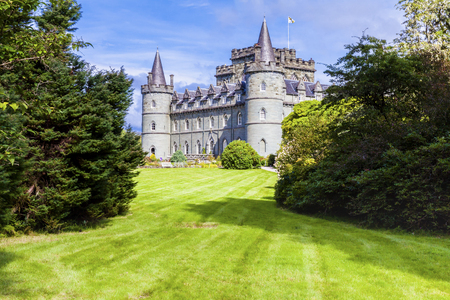 Invereray august 2014: This castle located in Argyll County is a must for every traveler in Scotland. In August you can visit the sumptuous interiors and the beautiful garden and at the end of the visit you can taste a tea at the tea room of the castle