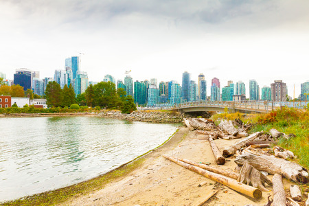 vancouver August 2015 also on cloudy days there is an airplane service that flies tourists around the city and around it to admire nature from above
