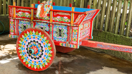 typical hand painted agricultural wagon Costa Rica 스톡 콘텐츠