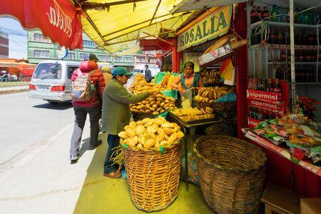 La Paz Bolivia September 9 bread trading activities in Peru avenue. Shoot on September 2019 Reklamní fotografie