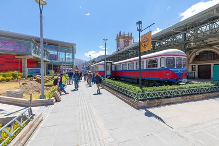 La Paz Bolivia September 9 some people transit from the central station of the city.Shoot on September 2019 Reklamní fotografie