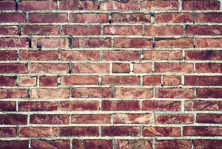 ladrillo: antiguo muro de ladrillo Foto de archivo