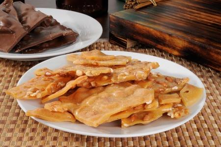 백그라운드에서 땅콩 취성 초콜릿 판 스톡 콘텐츠