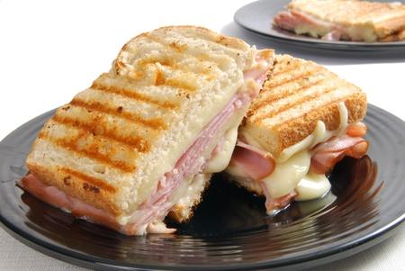 El jamón a la plancha y queso Foto de archivo - 12890412