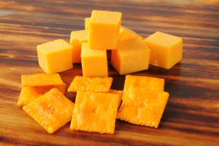Cheesy crackers with cheddar cheese cubes