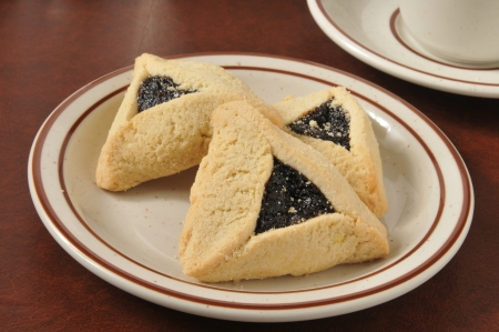 A plate of shortbread cookies filled with poppy seed jam Banco de Imagens