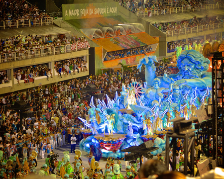 Dancers and floats in the Sambadrome at Carnival in Rio de Janeiro, a festival held every year before Lent and considered the biggest carnival in the world 新聞圖片
