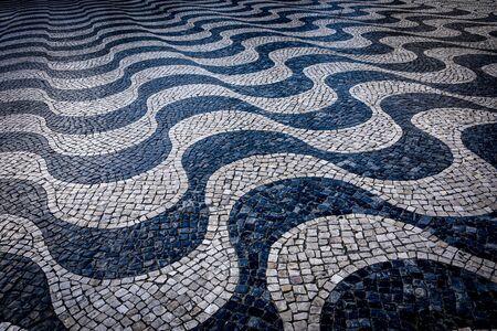 Cascais, Lisbon, Portugal - Black and White mosaic patterns in Cascais, Portugal 스톡 콘텐츠 - 129485355