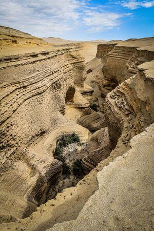 Looking down into the Canyon de los Perdidos, a stunning natural formation in the Nazca Desert, Peru. Foto de archivo