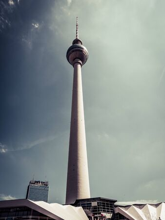 The Berlin Television Tower, low angle 版權商用圖片