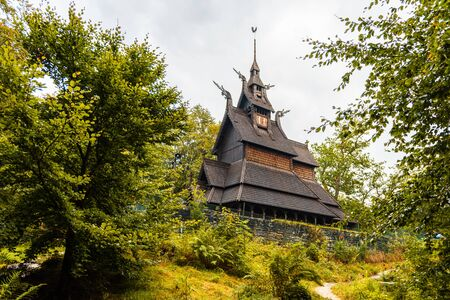 Stabkirche Fantoft, Norwegian wooden church near Bergen, Norway Imagens