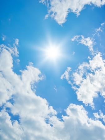 L'immagine di sfondo di un cielo luminoso Archivio Fotografico - 9601739