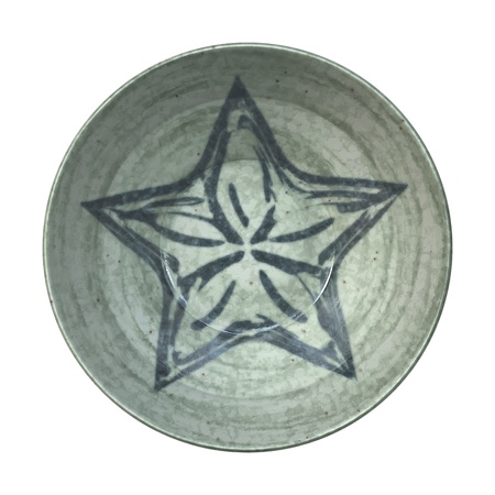 An image of a nice pottery plate with a star photo