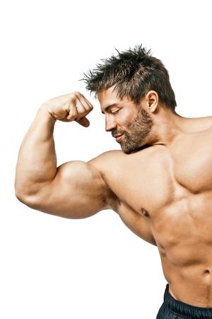 culturista: Una imagen de un apuesto joven deportes muscular
