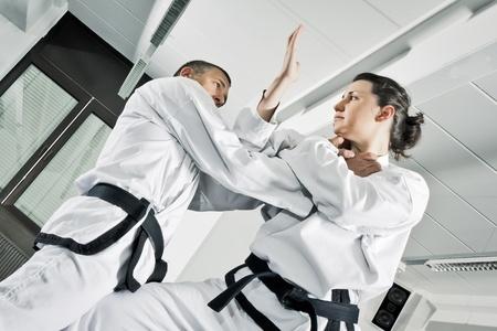 artes marciales: Una imagen de dos luchadores de artes marciales Foto de archivo