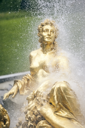 afrodita: Fuente de Oro Mujer en Alemania