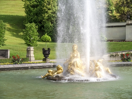 royal park: An image of the fountain at castle linderhof in bavaria germany Stock Photo