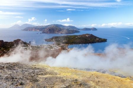 Un'immagine delle isole vulcaniche attive a Lipari Italia Archivio Fotografico