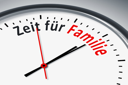 konzept: Eine Uhr mit Text Zeit für Familie