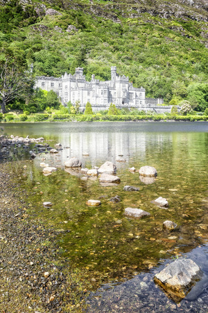 connemara: An image of the beautiful Kylemore Abbey in Ireland