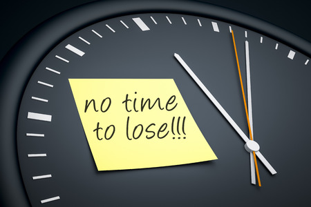 no time: An image of a dark clock with a sticky note and message no time to lose Stock Photo