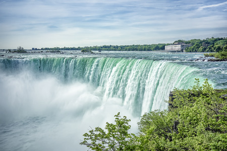 niagara river: An image of the Niagara Falls from the Canadian side
