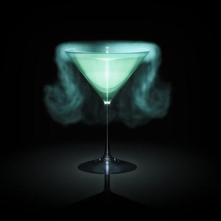 Een blauwe roken cocktail glas in de voorkant van een zwarte achtergrond