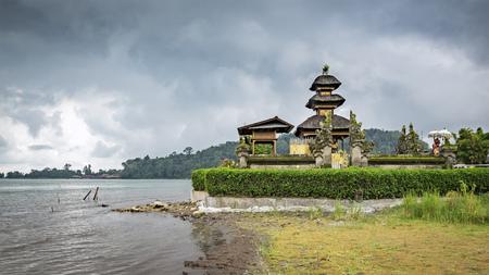 bratan: The Pura Ulun Danu Bratan Temple in Bali Stock Photo