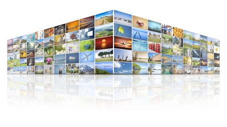 100 画面を持つ未来のビデオの壁 写真素材