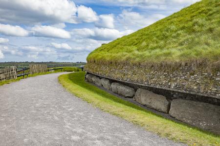 An image of newgrange bru na boinne