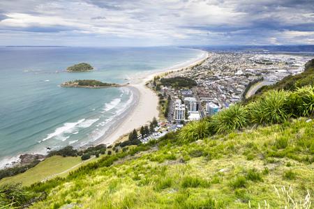 Een beeld van de Bay of Plenty te bekijken van Mount Maunganui Nieuw-Zeeland