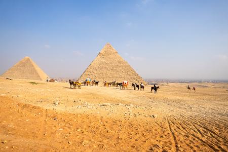An image of a horse ride in the desert Cairo Egypt Standard-Bild - 124799458