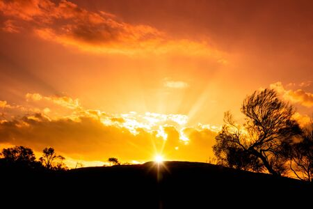 An image of a beautiful sunset in the Australia outback Archivio Fotografico