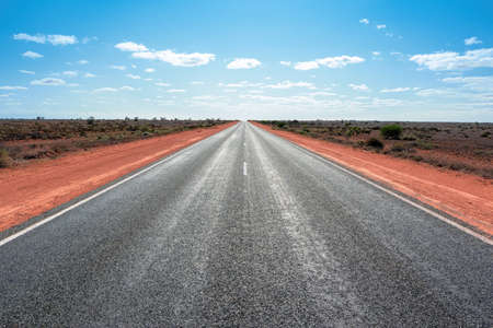 An image of the longest straight road in Australia Archivio Fotografico
