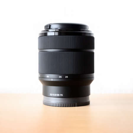 An image of a typical zoom lens 28-70mm 版權商用圖片