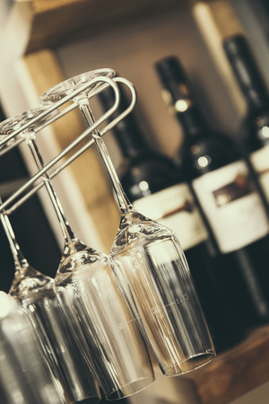 vino: Wine vine vino