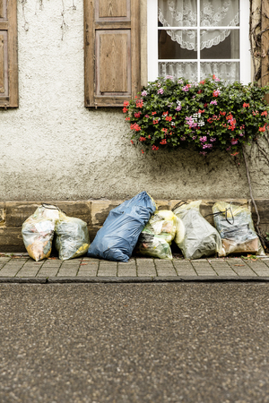 separacion de basura: Residuos bolsa de basura de separación