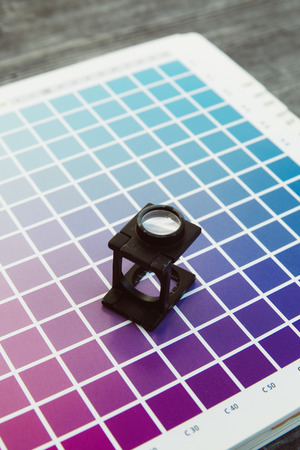 CMYK-Farbmanagement-Fadenzähler Druckerei Lizenzfreie Bilder - 47225638