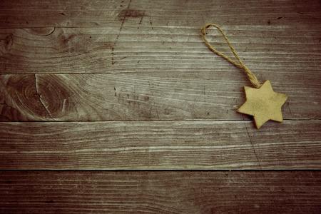 Golden vinteage Holz Weihnachtsstern Standard-Bild - 47225739