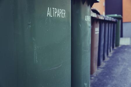 Abfalltrennung Abfallbehälter Lizenzfreie Bilder